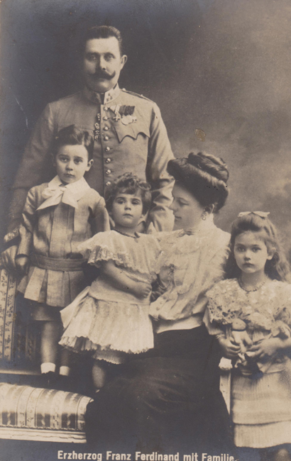 The royal family circa 1906